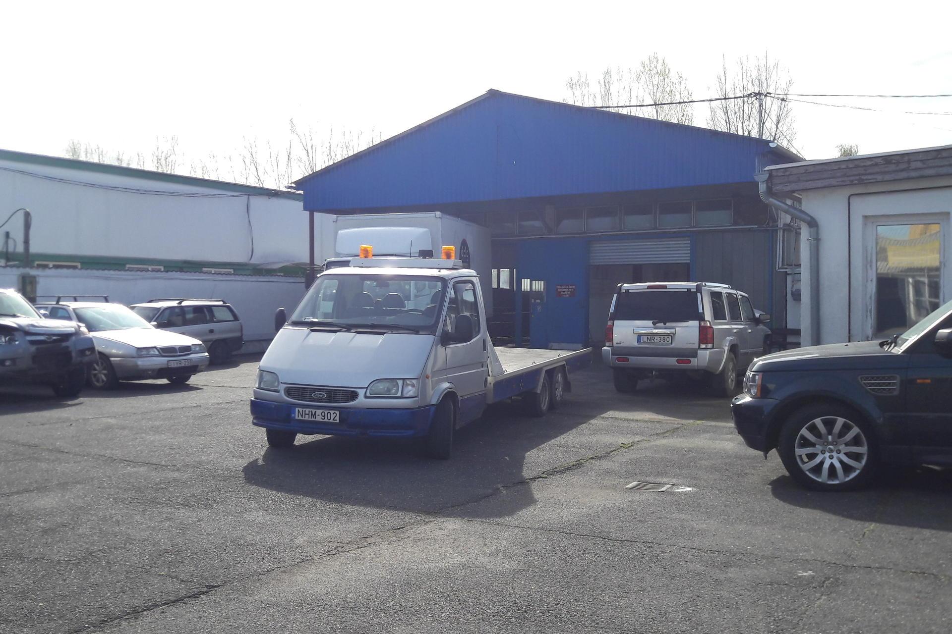 Ferdiautó, kiadó műhely, autójavító műhely, Pápa, Ferdi Autó