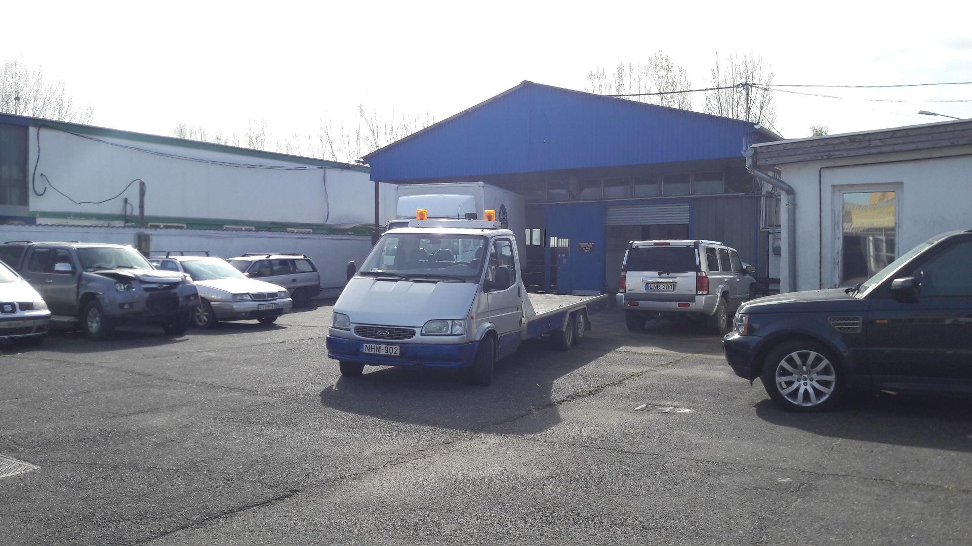 kiadó műhelyek, Ferdi Autó